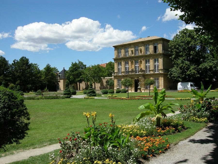 Cours du 2 mai 2011 l 39 art moderne - Mobilier de jardin en palette aixen provence ...